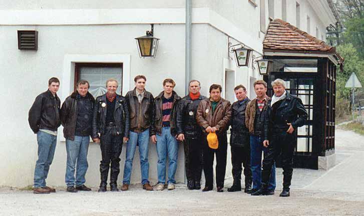 Ustanovni člani OTC Škofljica: Gregor Gruden, Franc Gruden, Franc Furlan, Robert Furlan, Davor Furlan, Metod Kavšek, Miroslav Globočnik, Anton Zalar, Marjan Čučkin, Stanislav Zavodnik.